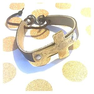 Jewelry - Hammered Gold Cross Leather Bracelet